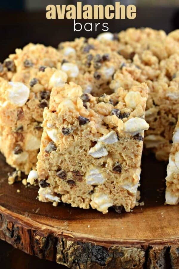 Chewy peanut butter and white chocolate Avalanche Krispie Treats! These are a heavenly treat!