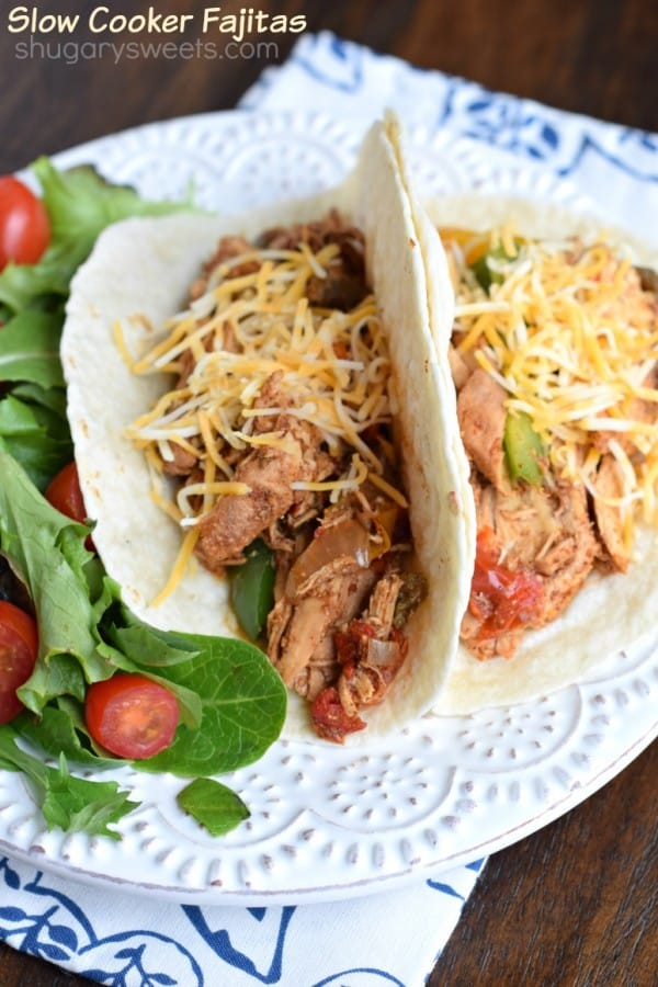 Slow Cooker Chicken Fajitas: packed with flavor, these are a huge hit at dinner time!