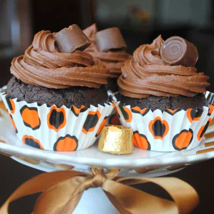 Chocolate Rolo Cupcakes