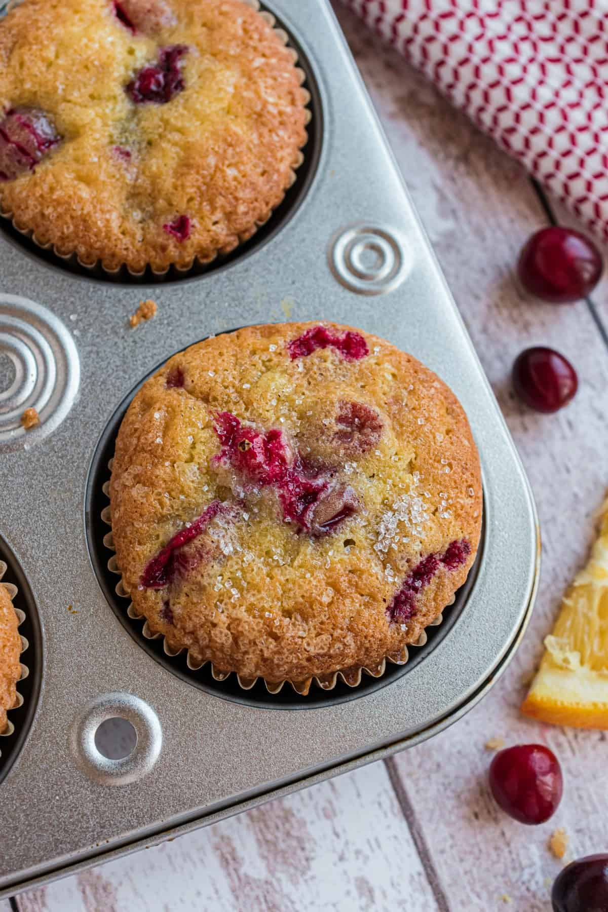 Cranberry orange muffins without the streusel.
