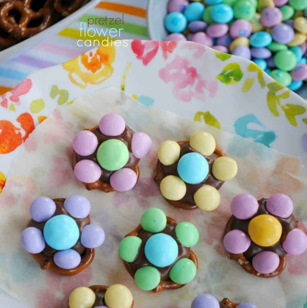 Flower candy made with pretzels, Hershey kisses and m&m candies!