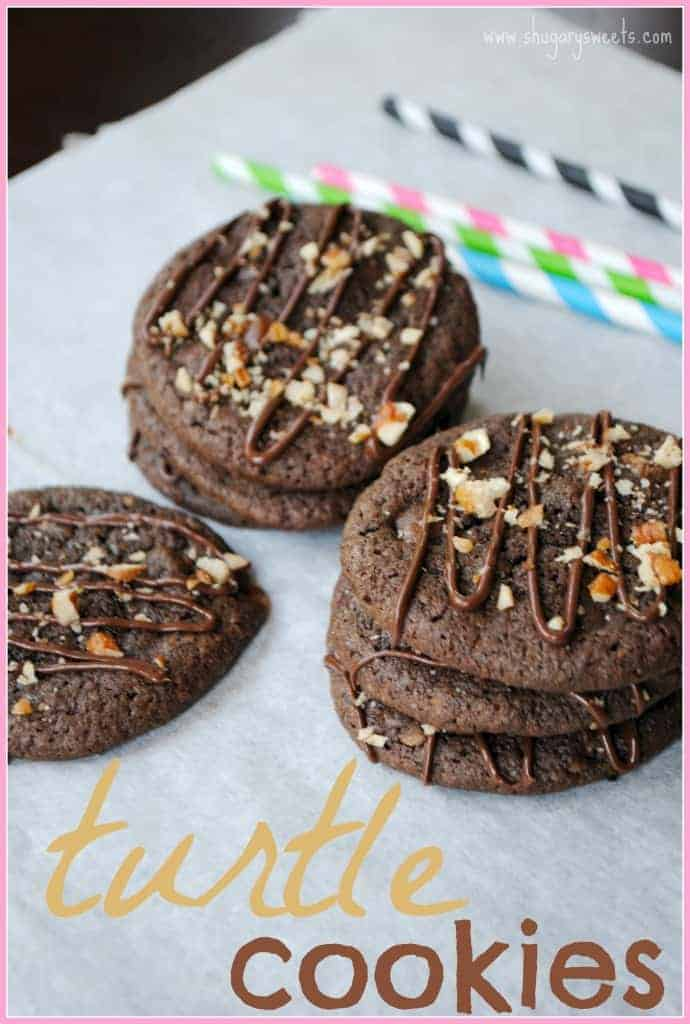 Turtle Cookies: decadent chocolate cookie packed with caramel, pecans and drizzles of melted chocolate!