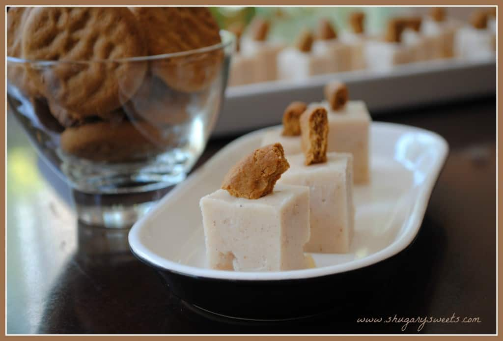 "Apple Pie Fudge: delicious soft fudge with apple pie filling inside. Topped with a gingersnap ""crust"""