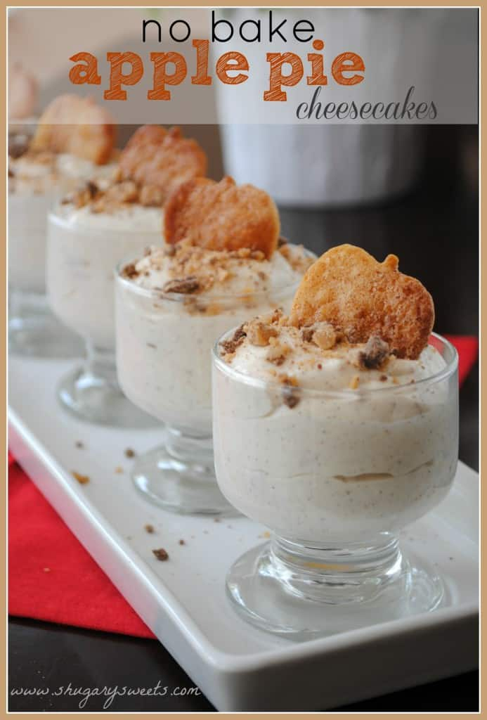 No Bake Apple Pie Cheesecakes: a delicious fall dessert!