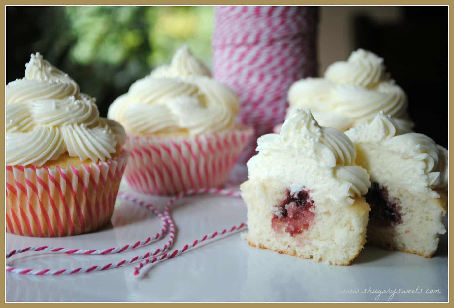 Raspberry Wedding Cake Filling Almond Wedding Cake Cupcakes With