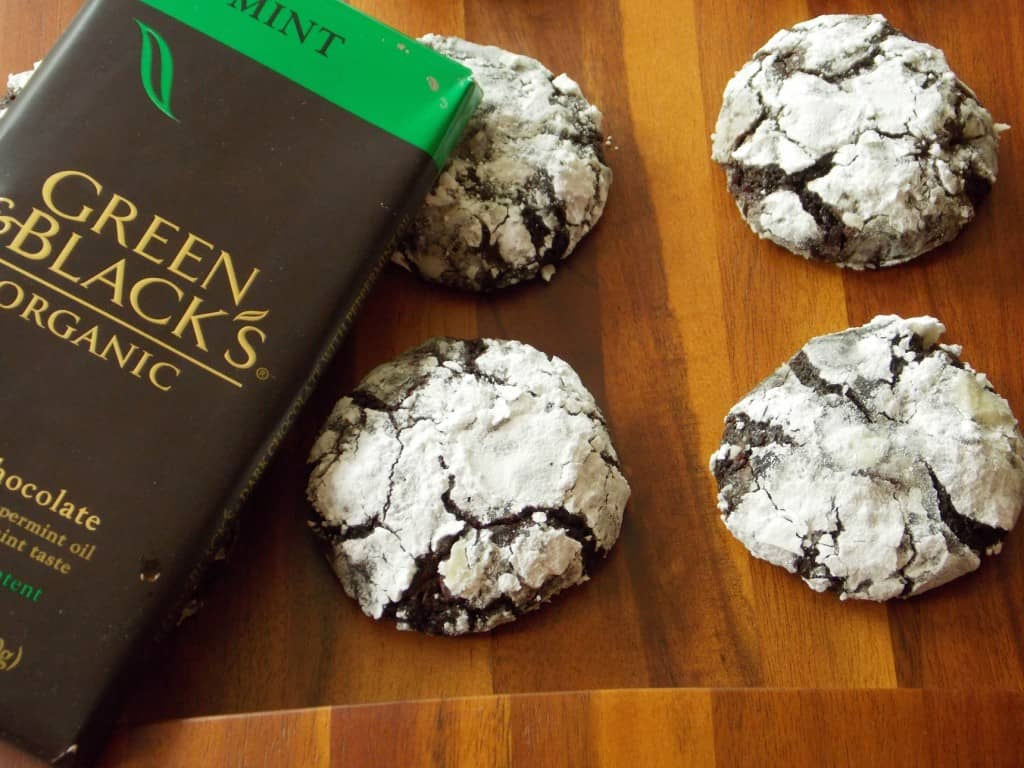 Dark Chocolate Mint Crinkles cookies