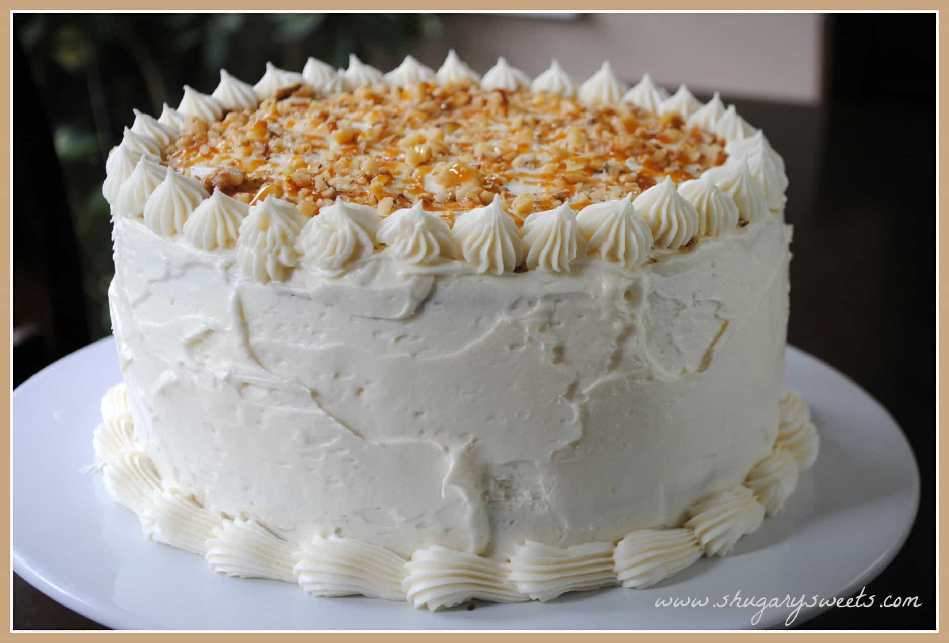 Pumpkin Cheesecake Cake: two layers of delicious pumpkin cake with a ...