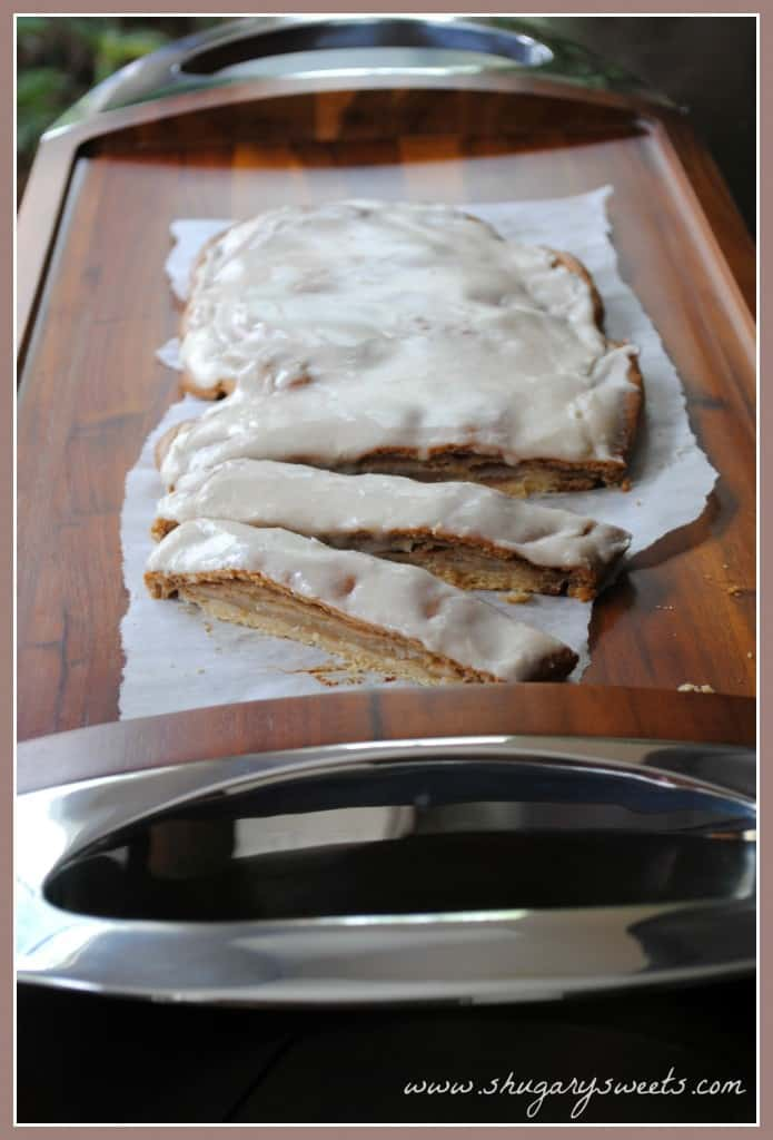 Apple Kringle: delicious apple streudel made from scratch