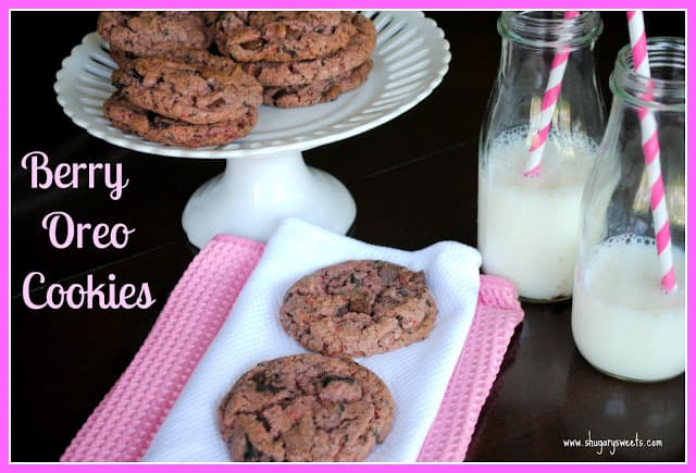 Berry Oreo Cookies: strawberry cake mix and oreos in a delicious cookie!