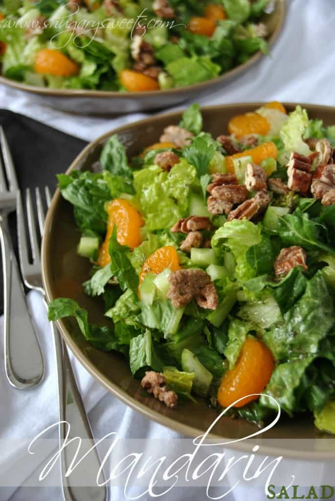 Mandarin Salad: delicious, crisp salad with sugared pecans, mandarin oranges and homemade dressing!