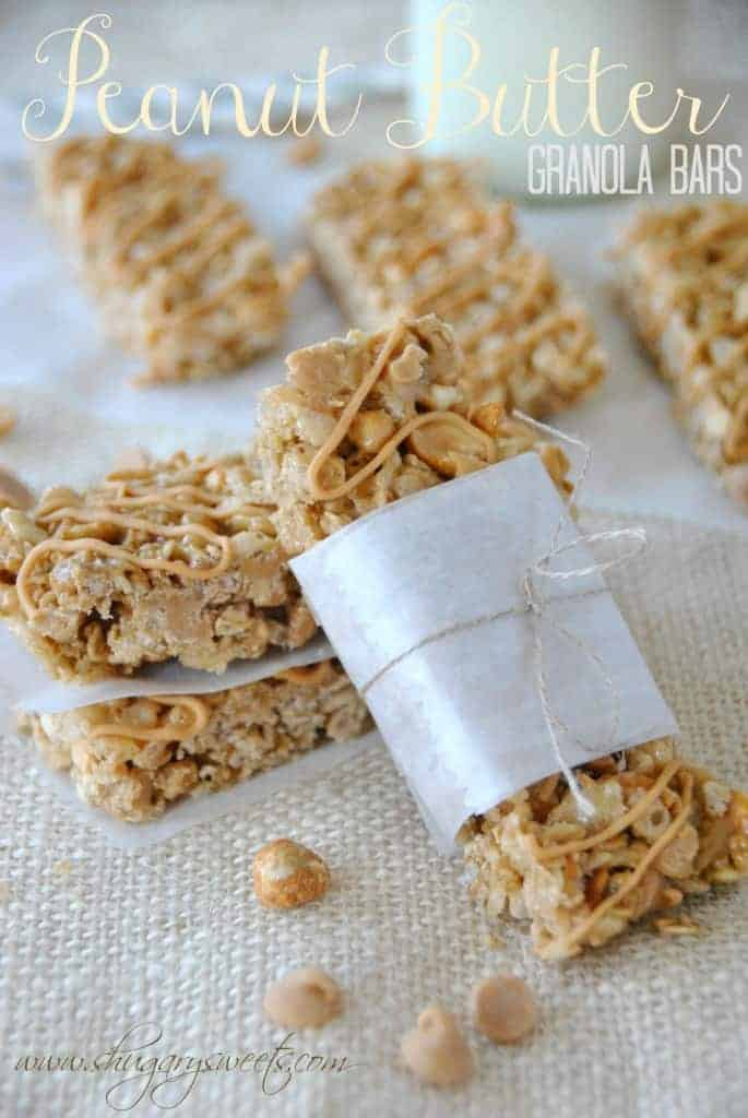 Peanut Butter Granola Bars- make your own delicious snacks for lunches or on the go! #granolabars #peanutbutter www.shugarysweets.com