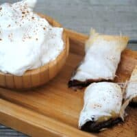 Chocolate Banana Eggrolls