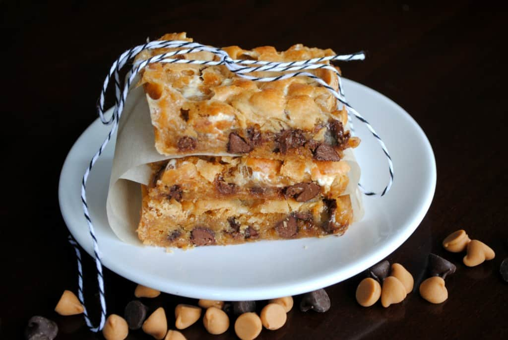 Butterscotch Marshmallow Bars from www.shugarysweets.com
