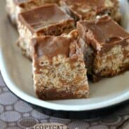 Copycat Kit Kat Bites: little bites of your favorite candy bar made at home! #copycat #kitkat www.shugarysweets.com