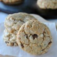 Milk Chocolate Macadamia Nut Cookies: soft, chewy cookies AKA Sausalito's #milkchocolate #macadamianut www.shugarysweets.com