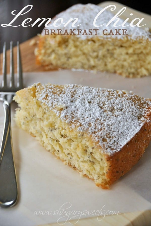Lemon Chia Breakfast Cake: delicious, moist lemon coffee cake with chia seeds! perfect for brunch #lemon #chiaseeds @shugarysweets
