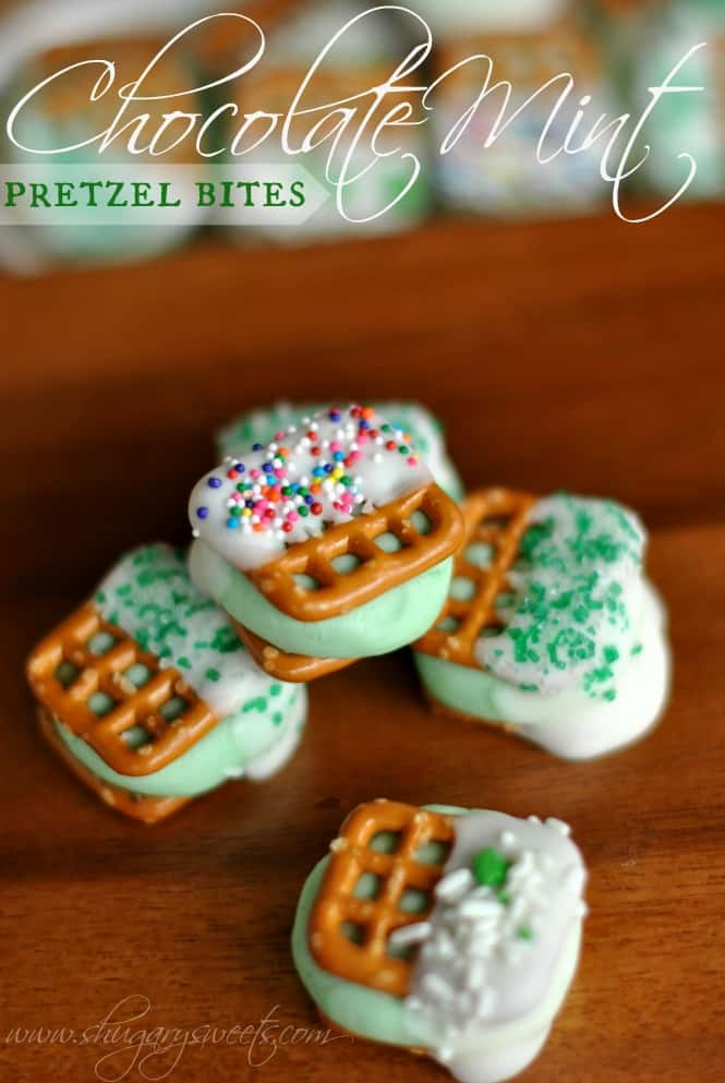 Chocolate Mint Pretzel Bites: delicious peppermint pattie centers between two #snyders pretzel snaps. perfect for #stpattysday www.shugarysweets.com