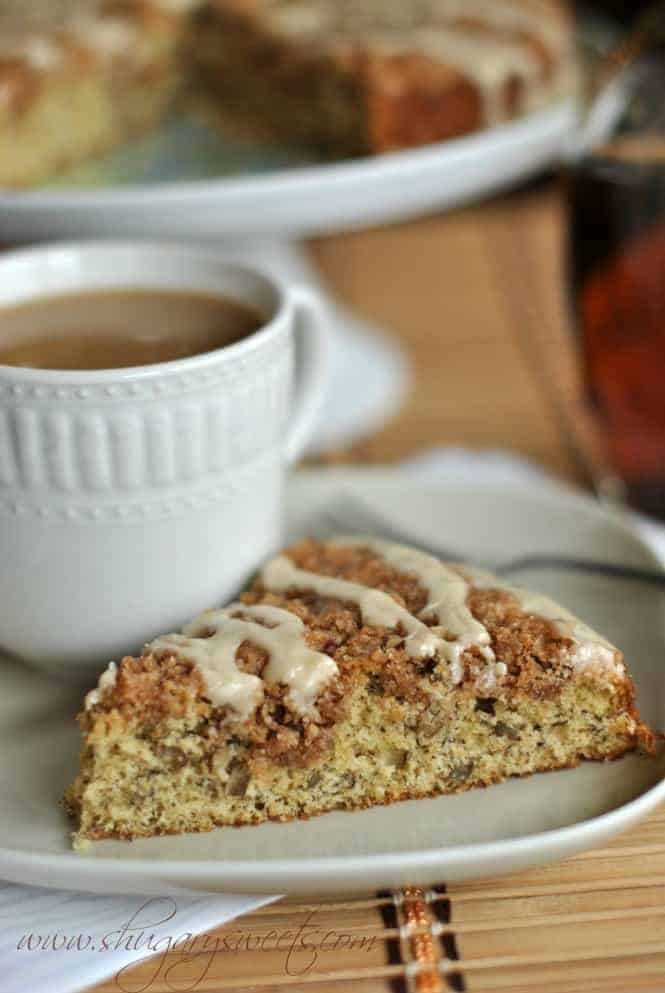 Banana Streusel Coffee Cakeis the perfect breakfast for your family and friends. Classic Coffee Cake with a banana twist and maple glazed icing!