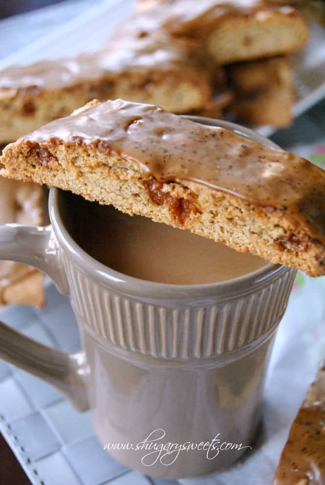 Caramel Macchiato Biscotti from @shugarysweets