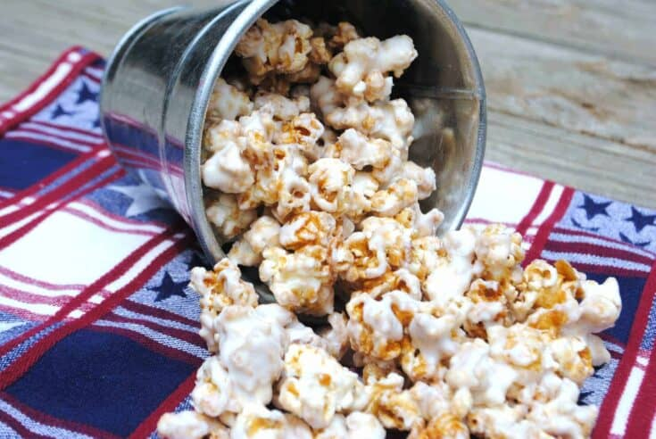 The most delicious Caramel Corn topped with white chocolate