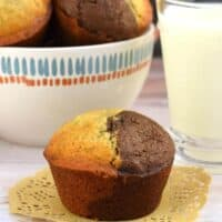 Easy, Delicious, Freezer Friendly Chocolate Banana Muffins Recipe