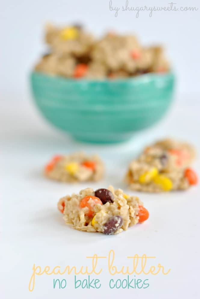 Peanut Butter No Bake Cookies with Reese's Pieces: delicious, no oven necessary treats the whole family will LOVE @shugarysweets #reeses