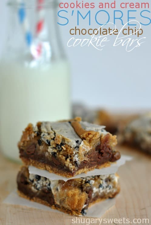 Cookies and Cream S'mores Bars: Thick, chewy cookie bars with a graham crust, layer of fudge, cookie, marshmallow and Hershey cookies and cream bars. #Hershey