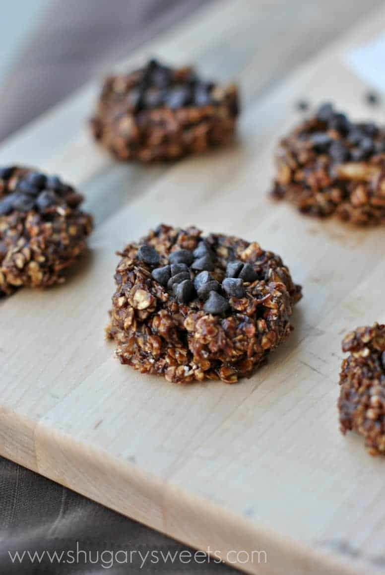 Skinny No Bake Cookies: made with banana, oatmeal, chocolate, peanut ...