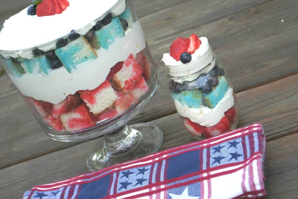 Jello Cake Trifle with Cheesecake filling