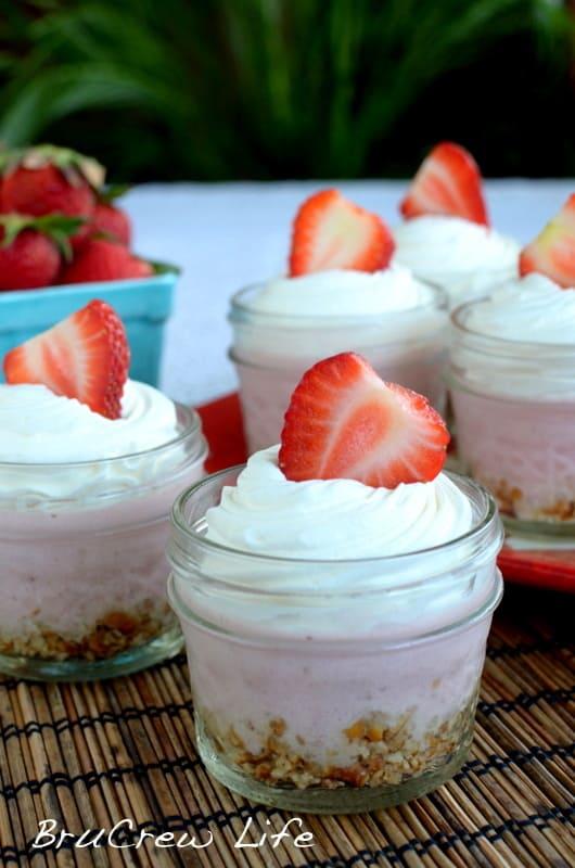No-Bake-Strawberry-Cheesecake-2