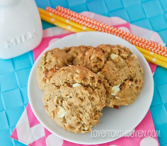 White-Chocolate-Peanut-Butter-Breakfast-Cookies-by-Love-From-The-Oven-3-650x568