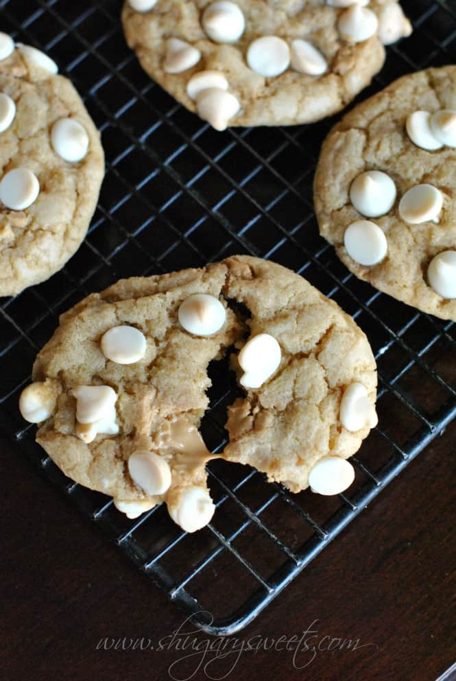 biscoff-white-chocolate-cookies-