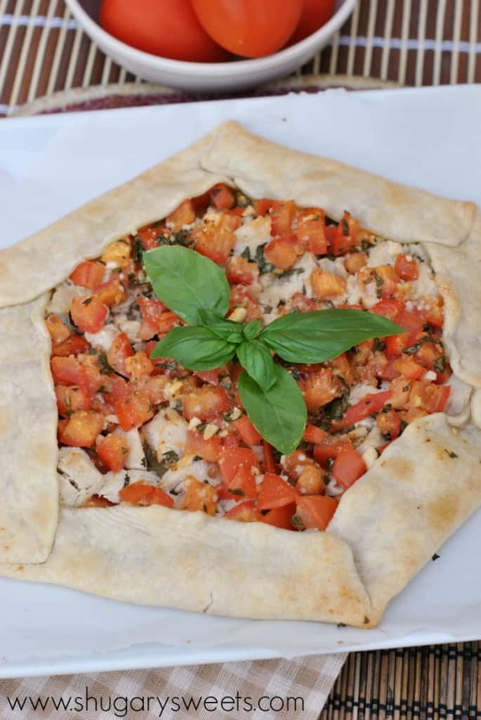 Chicken Bruschetta Pizza: is it a pizza or galette? Either way it's fresh and delicious!