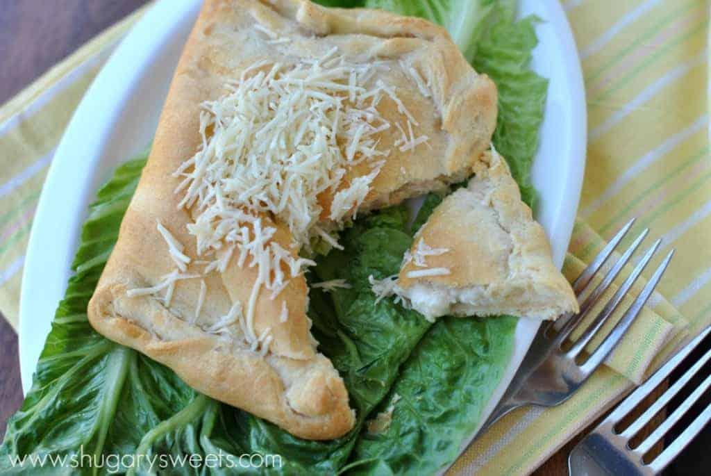 Chicken Caesar Hot Pockets: a delicious dinner idea ready in under 30 minutes! #pillsbury #dinner