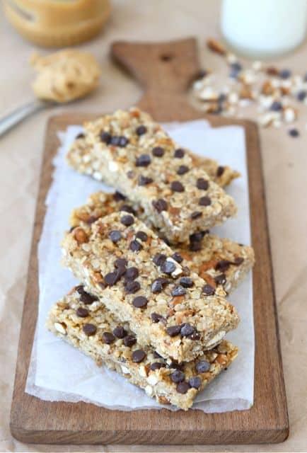 no-bake-peanut-butter-pretzel-chocolate-chip-granola-bars