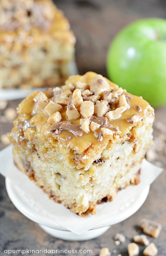 Caramel-Apple-Cake-Recipe