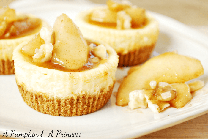 Caramel-Apple-Cheesecake-Recipe-