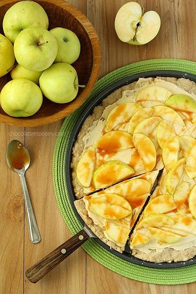 Caramel-Apple-Sugar-Cookie-Pizza-7588