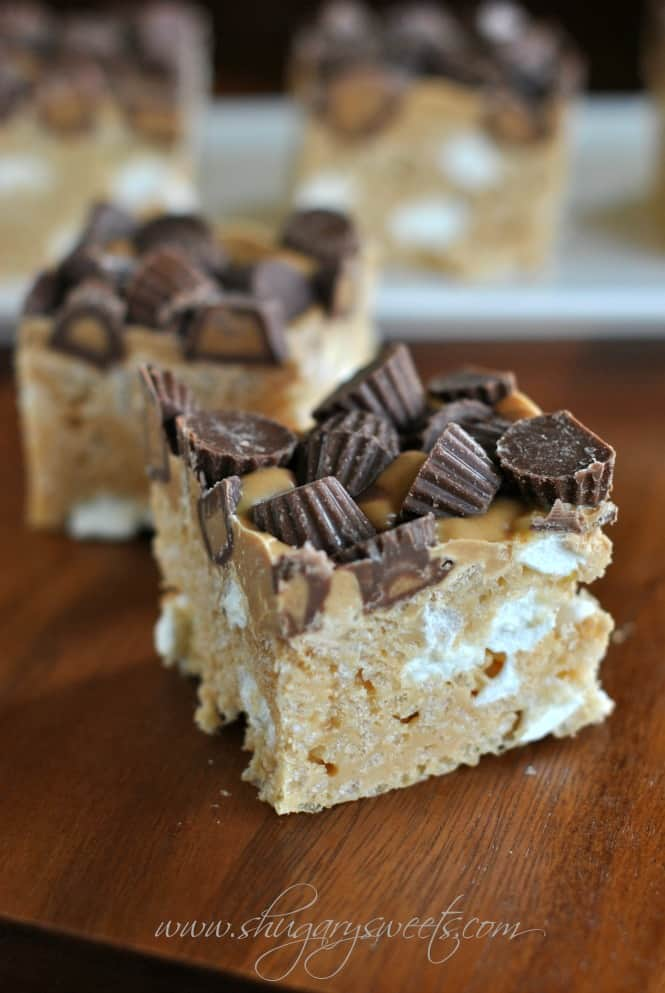 Fluffernutter Krispie Treats