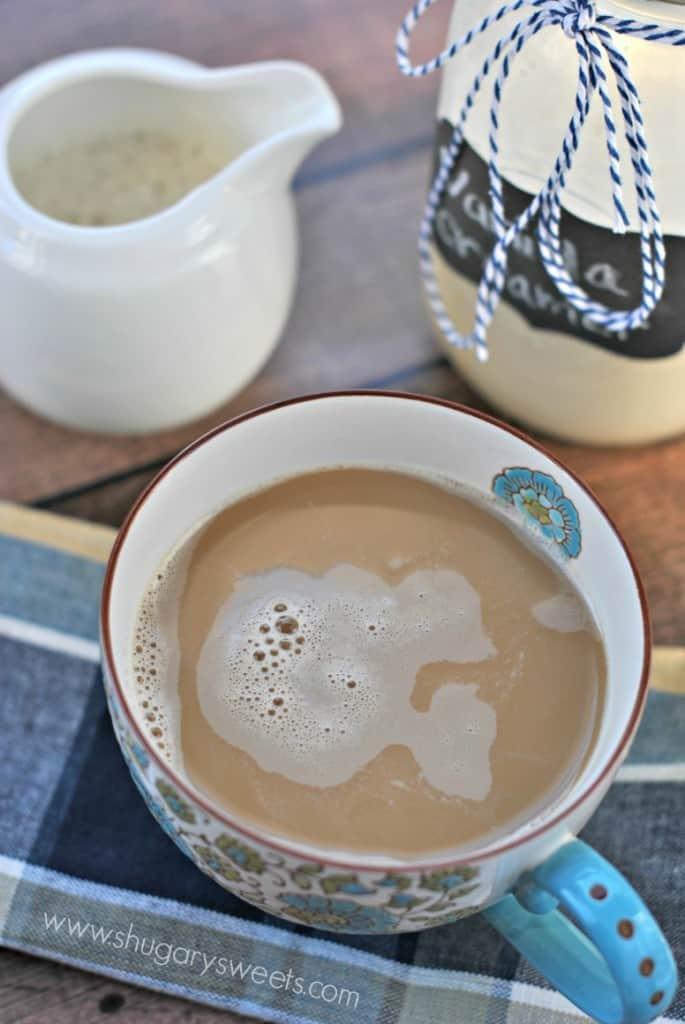 french-vanilla-coffee-creamer-2