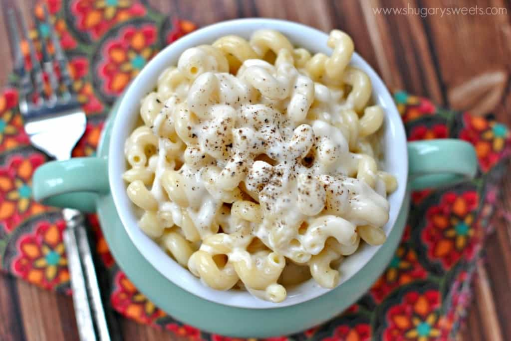 Copycat Panera Mac and Cheese: easy stove top recipe, so creamy and thick just like the real thing!