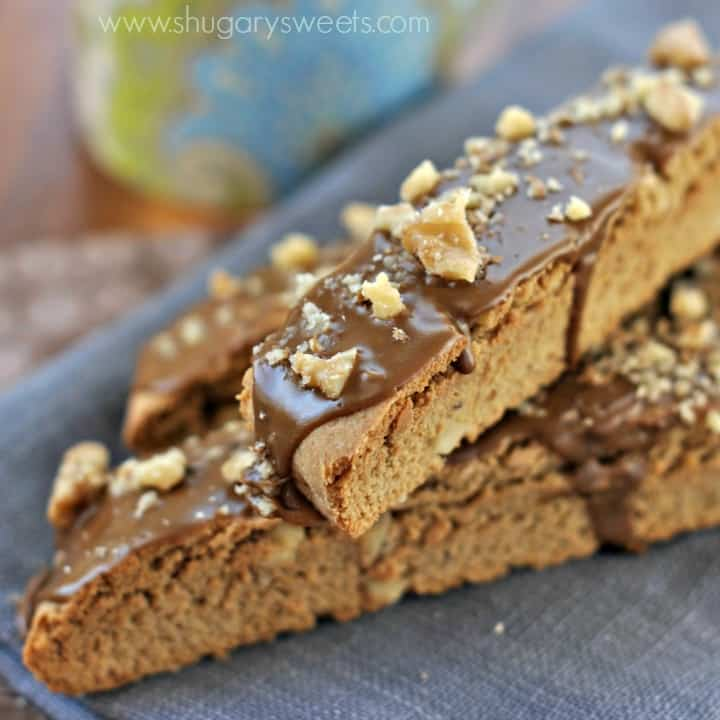 Maple Walnut Biscotti: crunchy and sweet, just as biscotti should be!