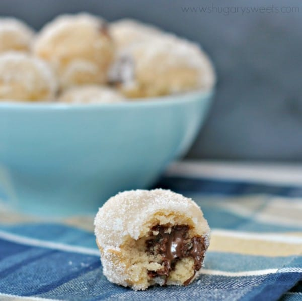Nutella Stuffed Donut Holes: Sugar coated donut holes filled with nutella!