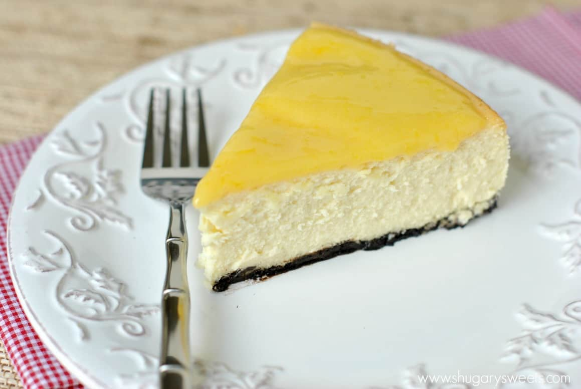 Lemon Cheesecake: creamy Lemon Cheesecake with a cookie crust and ...