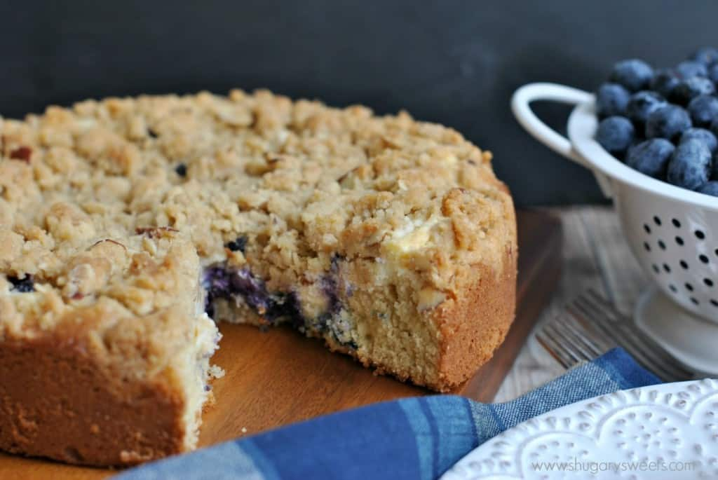 Coffee cake with a ribbon of cream cheese and fresh blueberries ...