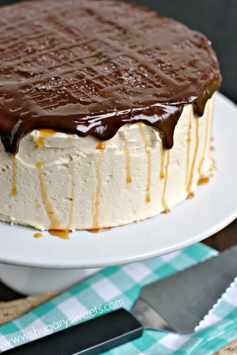 Salted Caramel Cheesecake Cake: delicious chocolate layered cake with ...