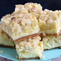 lemon-cheesecake-bars-1