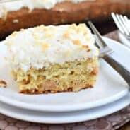 banana-macadamia-nut-cake-3