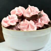Easy, Melt in Your Mouth, Strawberry Meringues Recipe