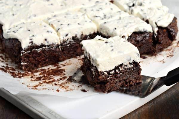 Fudgy, Chocolate Chip Zucchini Brownies with Chocolate ...